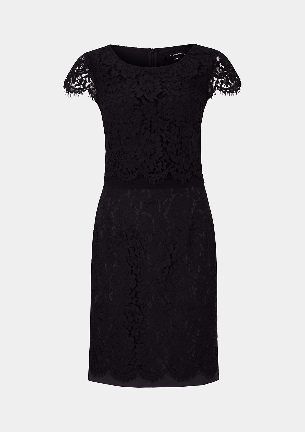 Elegantes Abendkleid aus zarter Spitze