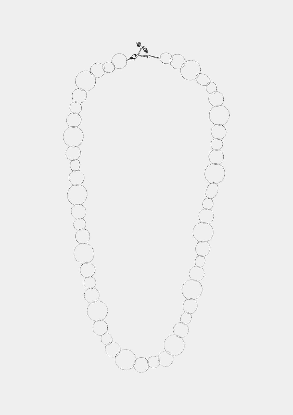 Extravagante Halskette aus filigranen Ringen