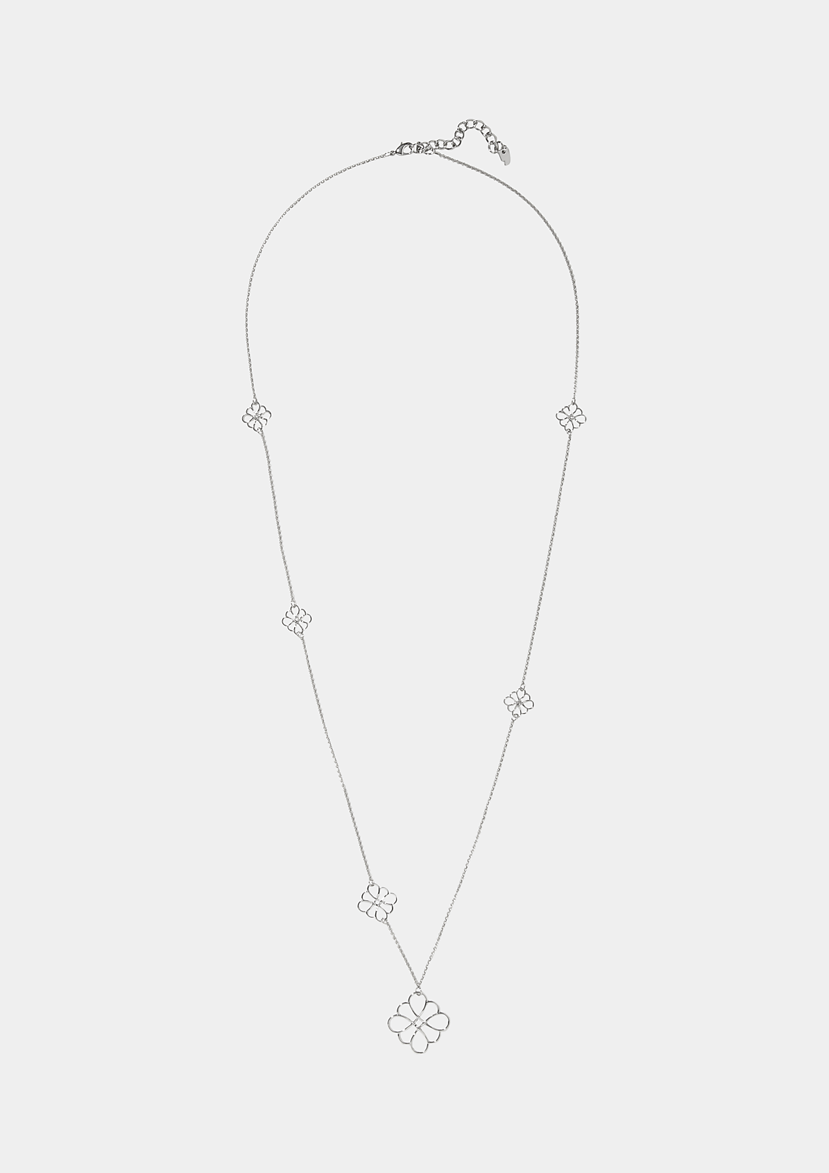 Feine Halskette mit Anhängern