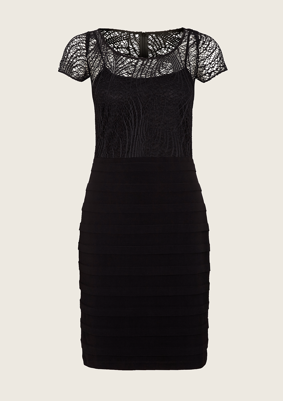Glamouröses Abendkleid mit extravagantem Spitzenbesatz