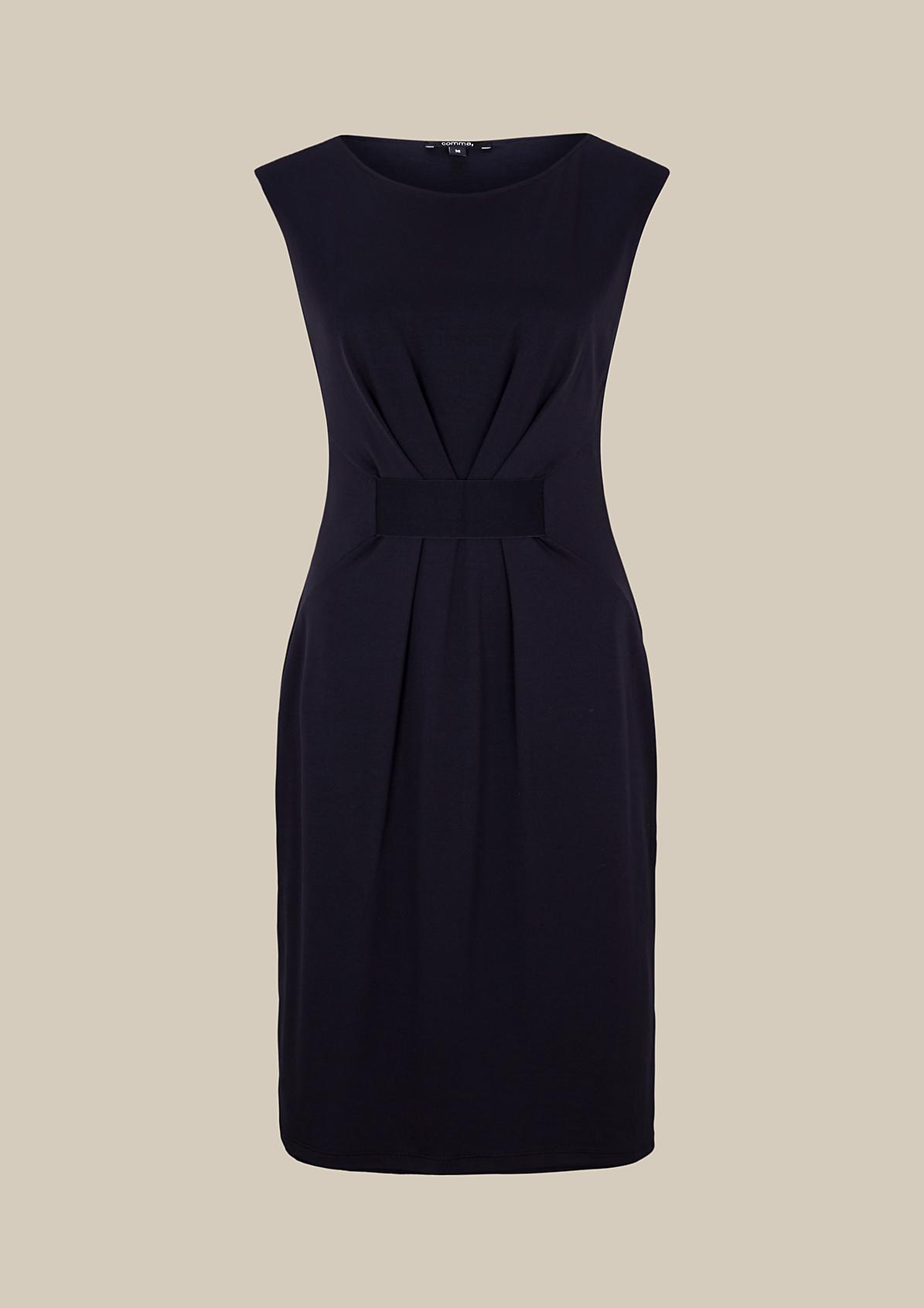 Lässiges Jerseykleid mit verspielten Detailarbeiten