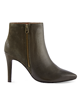 Ankle boots LS0056 from liebeskind