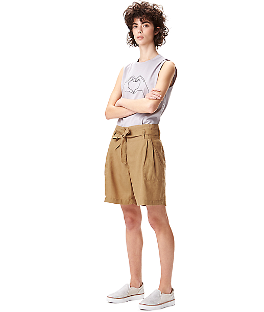 Linen shorts with a paper bag waist S2164100 from liebeskind