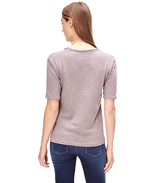 T-Shirt mit V-Ausschnitt F1161402