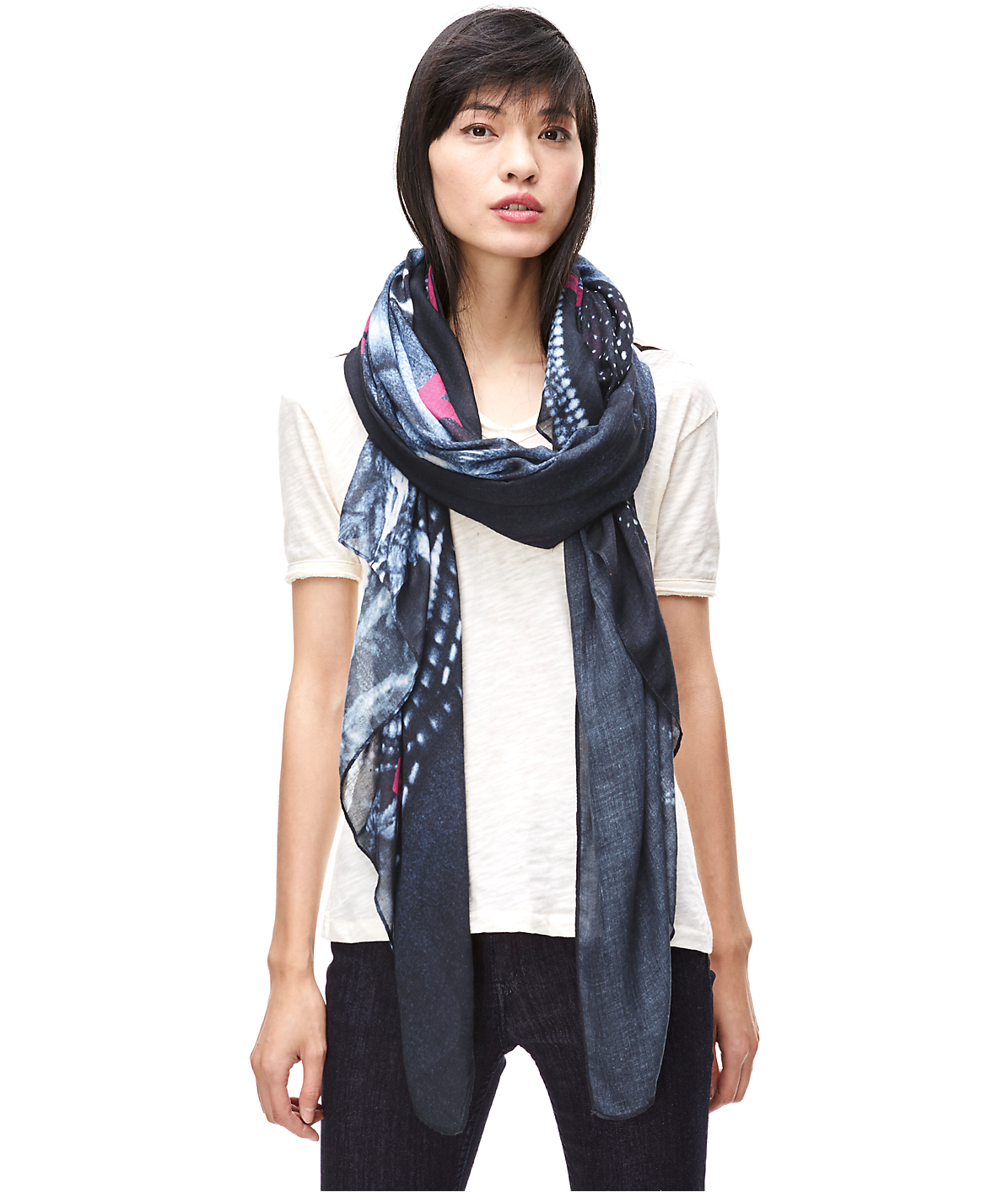 Scarf F1179520 from liebeskind