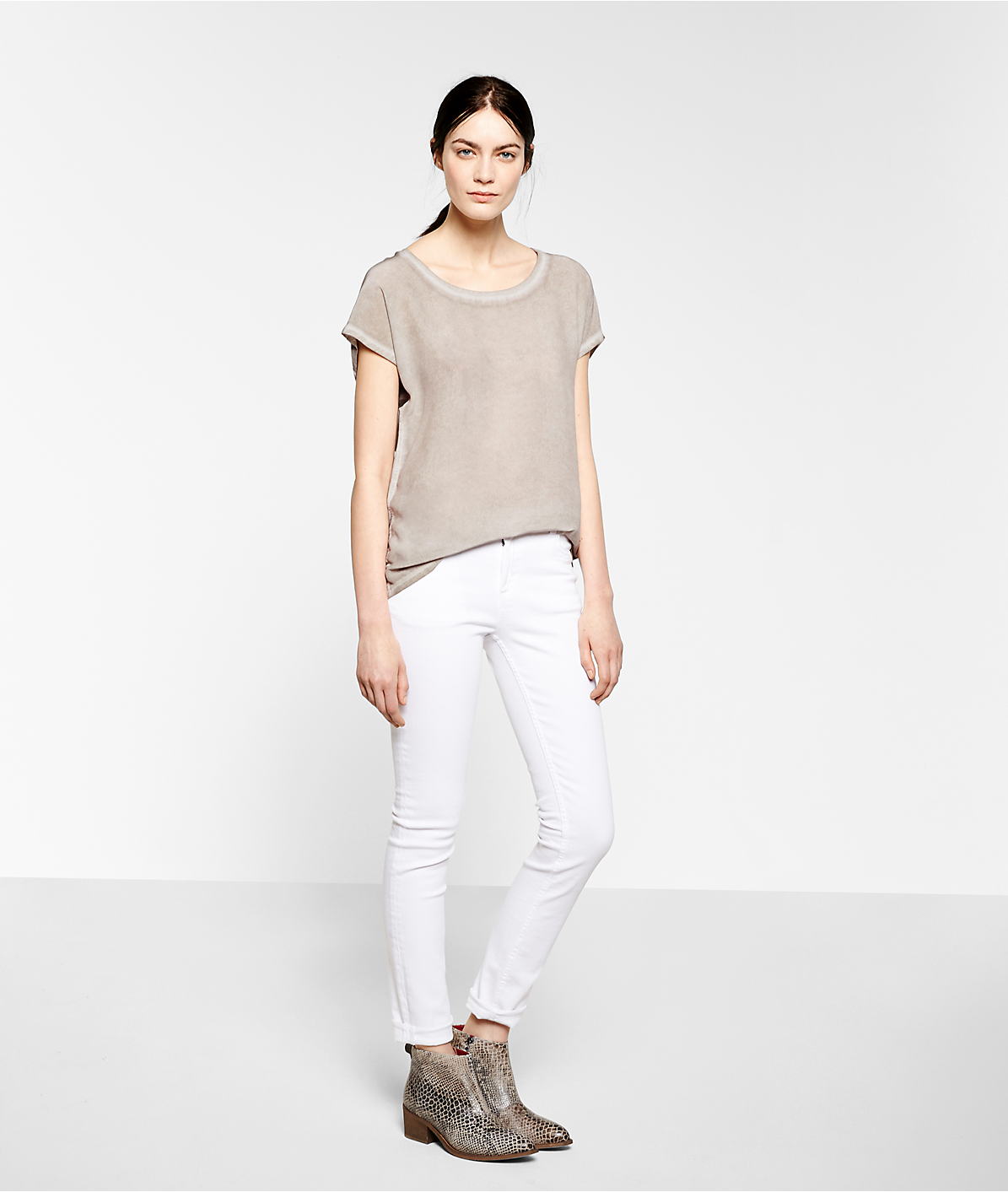Top S1172630 from liebeskind