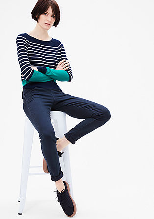 Accentuerende jeans met hoge tailleband