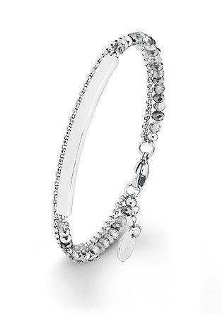 Armband met naamplaatje en glazen kralen