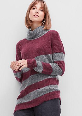 Asimetričen pleten pulover