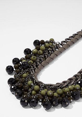 barvita ogrlica iz umetnih biserov
