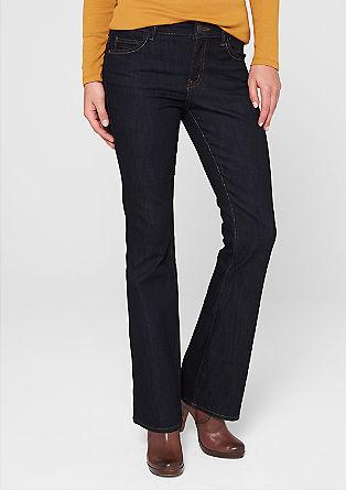 Bellboot: uitlopende dark jeans