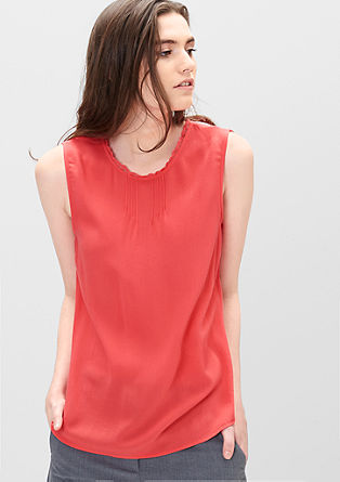 Blouse top with a buttoned back from s.Oliver