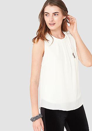 Bluse mit dekorativem Ausschnitt
