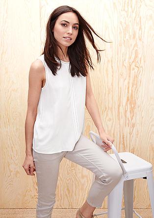 Bluza brez rokavov z luknjičastim vzorcem