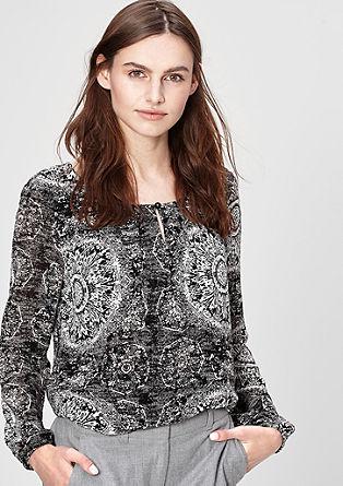 Bluza iz šifona z vzorcem in obrobo