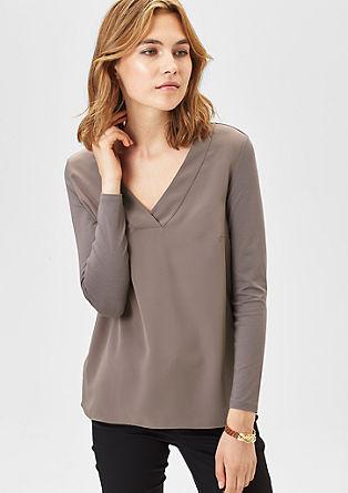 Bluza majica z V-izrezom