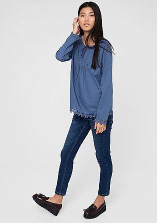 Bluza s cvetlično obrobo