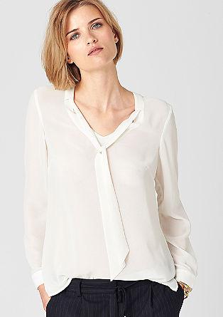 Bluza vokuhila s trakci iz krepa