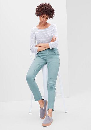 Bowleg: obarvane raztegljive jeans hlače