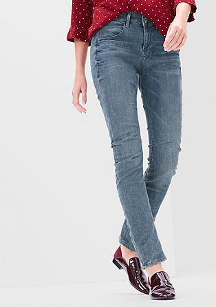 Bowleg: raztegljive jeans hlače z dvojnim gumbom