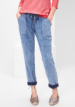 Boyfriend: Hose in Denim-Optik