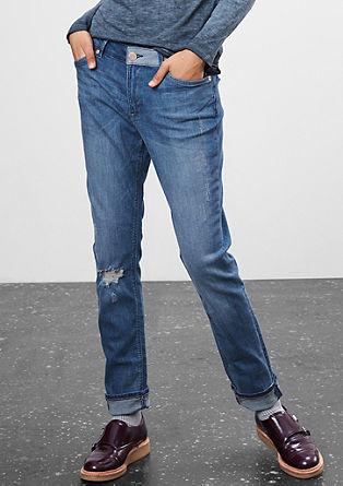 Boyfriend: obrabljene raztegljive jeans hlače