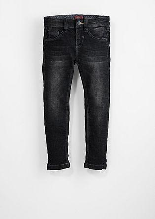 Brad: obarvan raztegljiv jeans