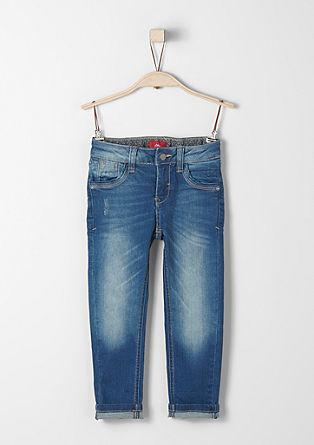 Brad Slim: raztegljive jeans hlače z našitkom