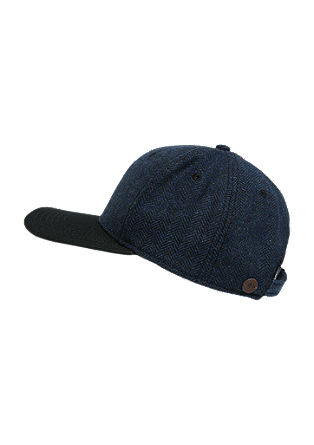 Cap with a herringbone patterns from s.Oliver