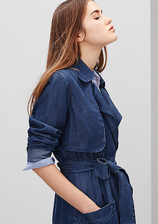 Casual denim mantel