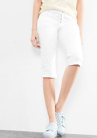 Catie Slim: krátké barvené denimky