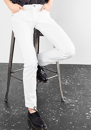 Catie Slim: pobarvane jeans