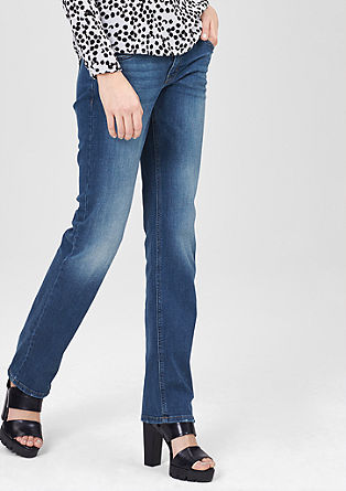 Catie Straight: Gerade Used-Jeans