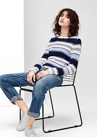 Catie Straight: jeans hlače s poudarjenim pasom