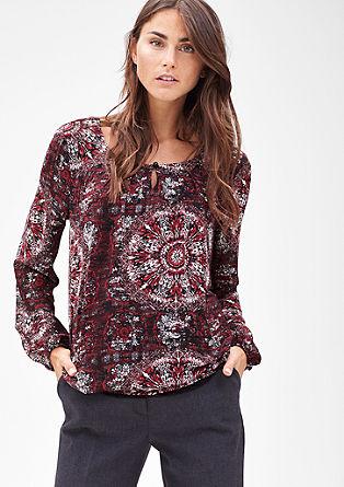Chiffon blouse met band en motief
