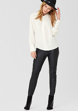 Chiffon blouse met een gedrapeerd effect