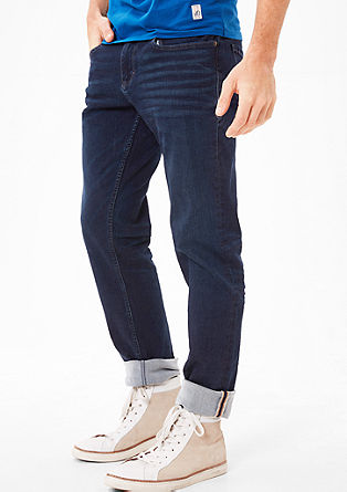 Close Slim: Dunkle Denim