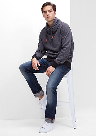 Close Slim: Dunkle Stretch-Jeans