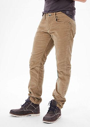 Close Slim: izjemno raztegljive žametne hlače