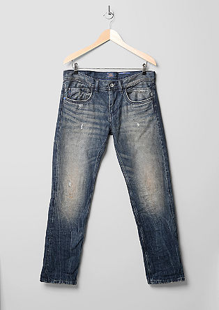 Close Slim: jeans with distressed details from s.Oliver