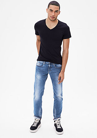 Close slim: lichte jeans
