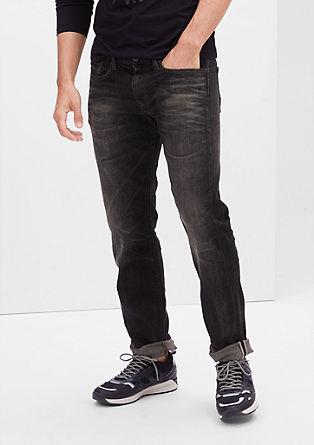 Close Slim: ohlapne raztegljive jeans hlače