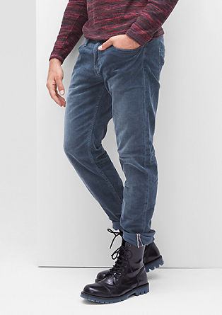 Close Slim: stretch corduroy trousers from s.Oliver