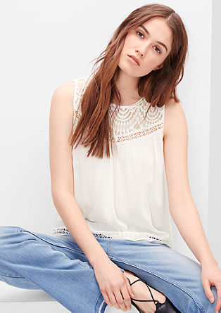 Crêpe blouse met kanten inzet