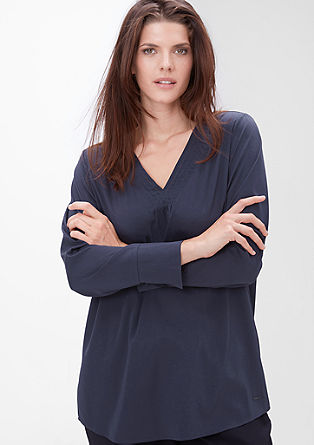 Crêpe-Bluse mit V-Ausschnitt