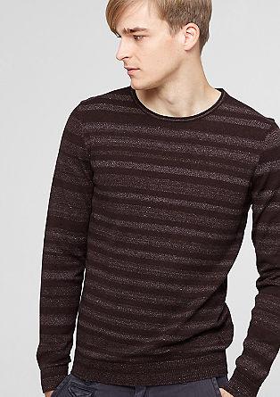 Črtast pleten pulover