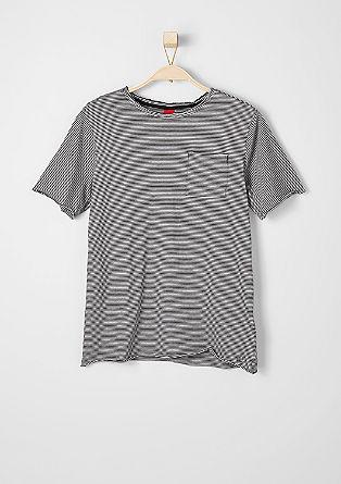 Črtasta majica s prsnim žepom