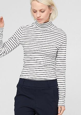 Črtasta majica s puli ovratnikom
