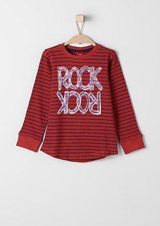 Črtasta majica z natisnjenim napisom