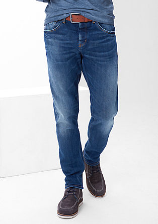 Curt Straight: jeans with a belt from s.Oliver